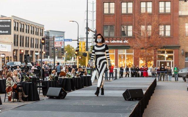 Abrams_Fashionopolis2020-0766.jpg