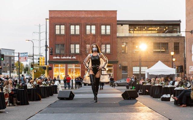 Abrams_Fashionopolis2020-0894.jpg