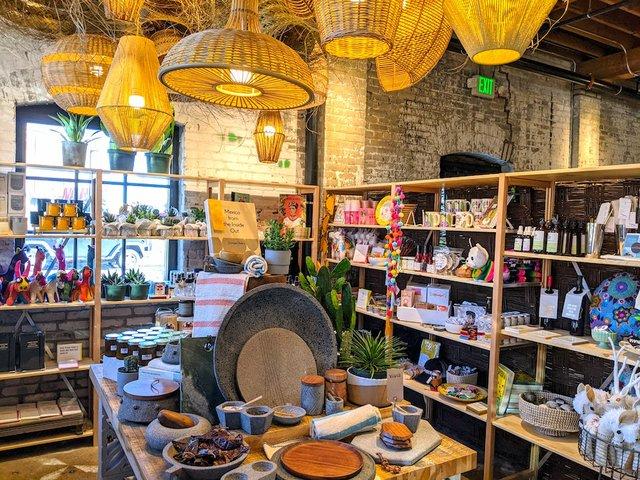 gift shop at Vivir