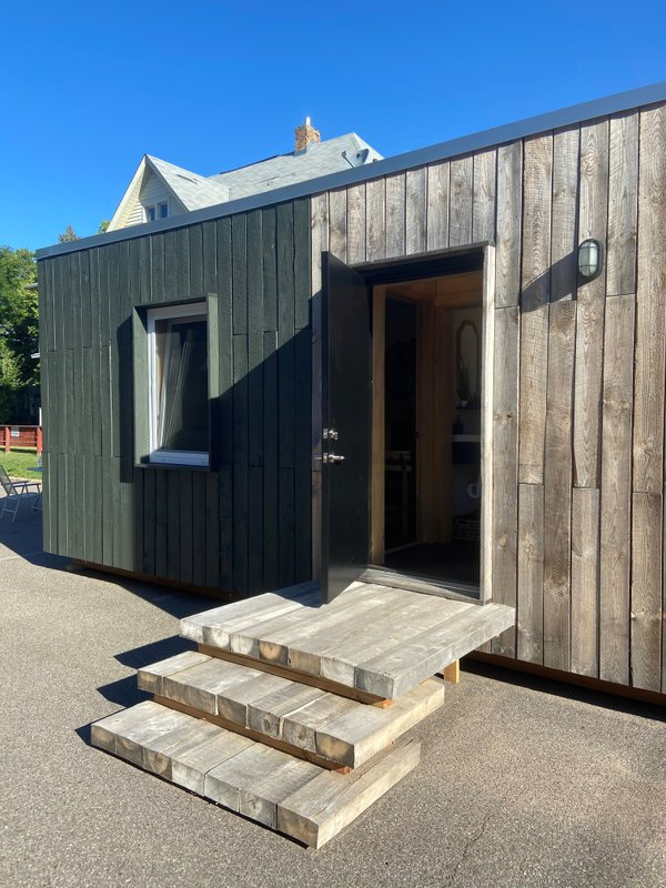 Additional Dwelling Unit by Energy Panel Structures