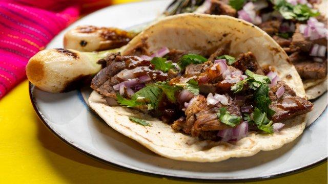 plate of beef/steak tacos