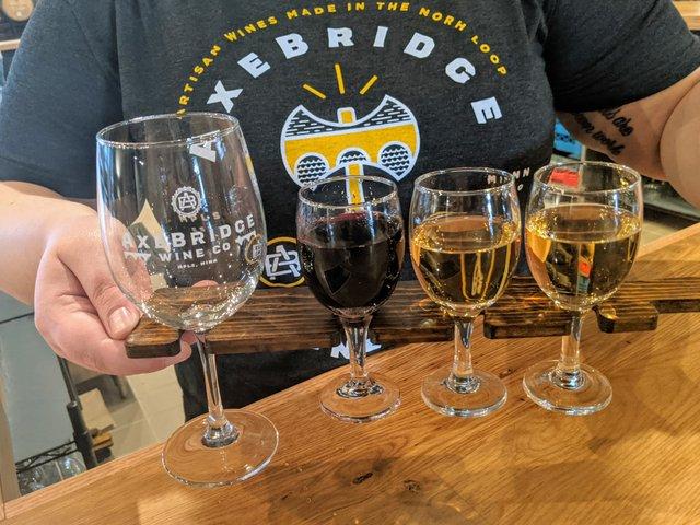 wine tasting flight axebridge