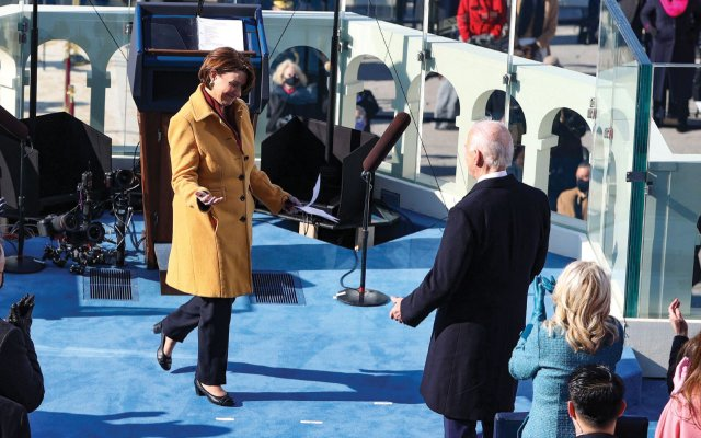 Amy Klobuchar greeting President Biden on inauguration day