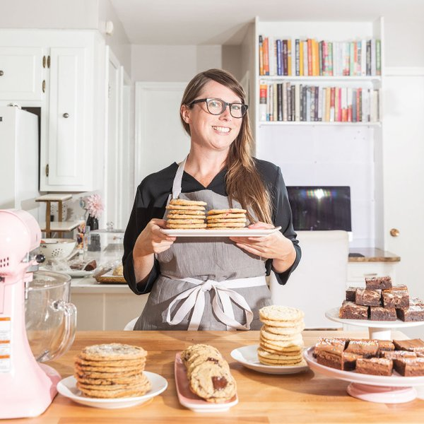 Sarah Kieffer and lots of cookies