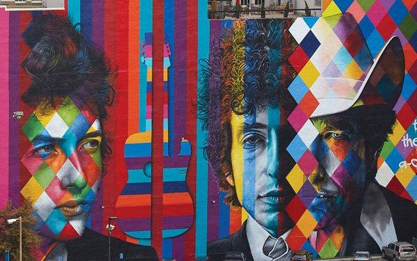 five-story mural of Bob Dylan beauty by Brazilian artist Eduardo Kobra