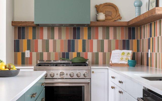 kitchen with a multicolored backsplash