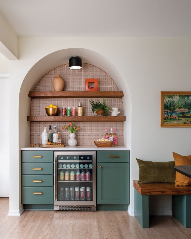 bar with refrigerator