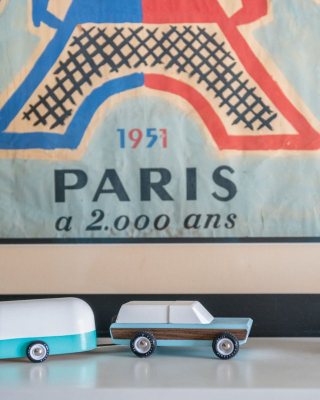 French poster with toy cars