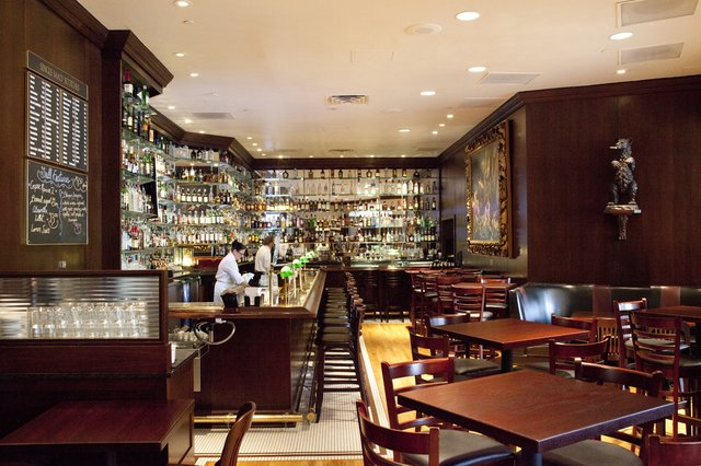The St. Paul Grill Bar