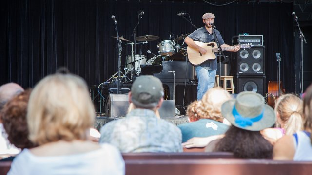 Man performing at the State Fair