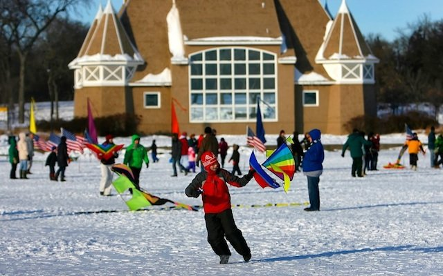 Lake-Harriet-Winter-Kite-Festival.jpg