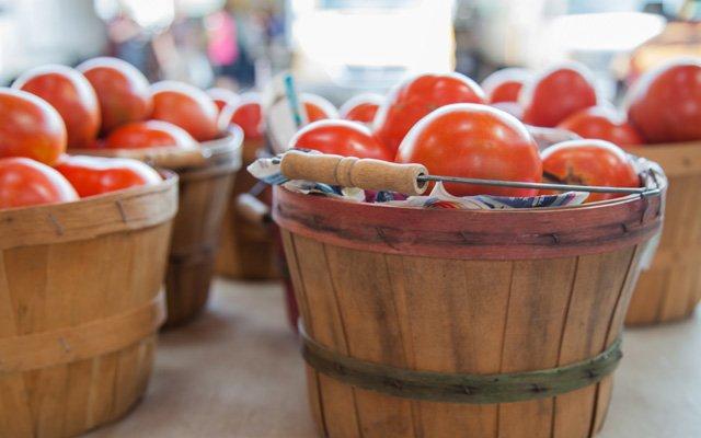 CA-Tomatoes_640.jpg