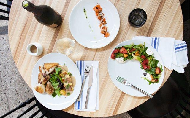 Restaurant-scene.jpg