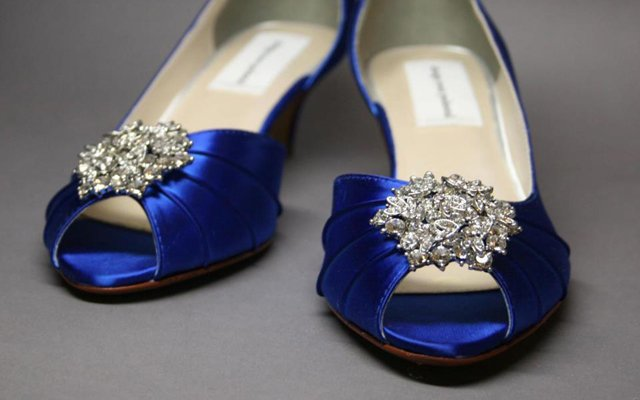 BlueShoes_640.jpg
