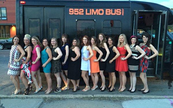 Bachelorette_Party_Bus_640.jpg