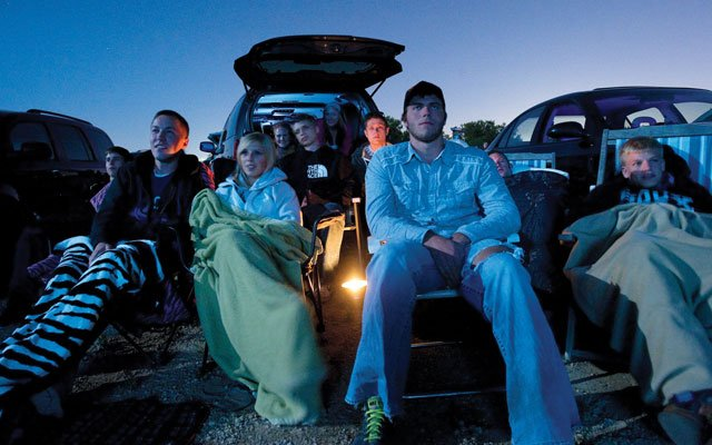 Moviegoers at Cottage View Drive-in