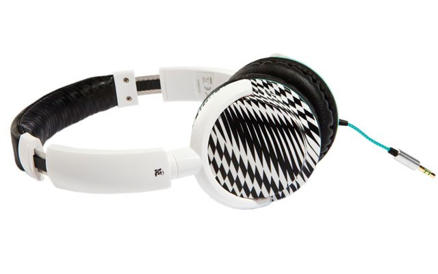 0711-gs-headphones_640s.jpg