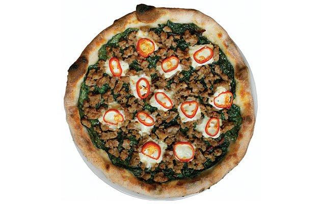 0311_pizzapizza4_640s.jpg