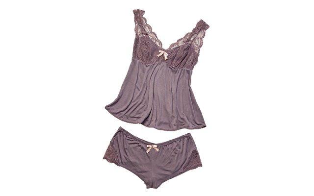 lingerie7_640s.jpg