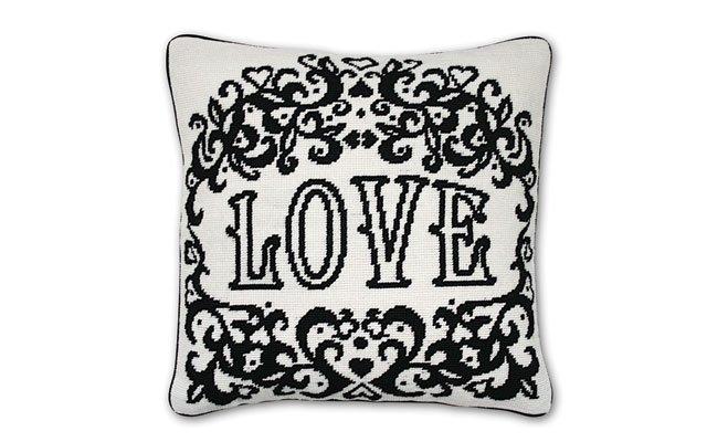 0612-Pillow_640s.jpg
