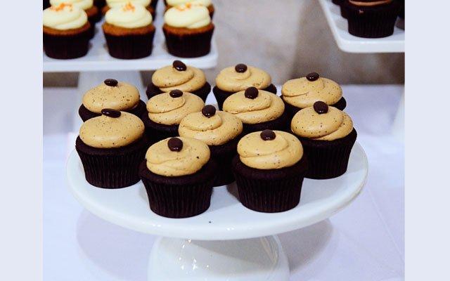 Cupcakes_640s.jpg